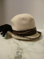 New listing Christian Dior Chapeaux Paris New York Brown And White Hat