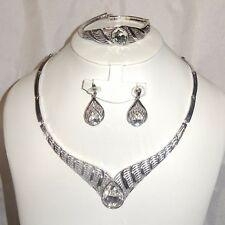 Simple Necklace Bracelet Earring Jewellery Set for Ladies