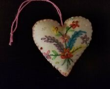 Embroidered and Beaded Felt Ornament – White Heart with Flower Bouquet