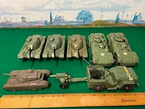 1960's-70's PLASTIC TOY ~  ARMY MILITARY TANK & JEEP 9 PIECE  LOT ~ PP & TIM-MEE