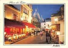 B31582 Paris la nuit Place du Tertre  france