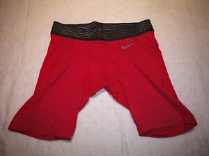 Nike Unterziehhose Compression Shorts Rot Gr. M