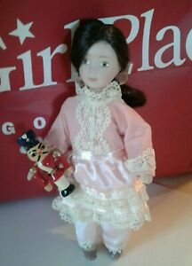 AMERICAN GIRL MINIATURE DOLL, UNKNOWN NAME, RETIRED, EARLY 1800 ERA
