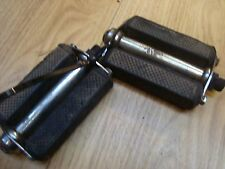 vintage bicycle pedals Phillips 1940's rubber for refurbishment chrome reasonabl