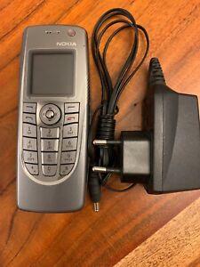 Nokia 9300i Communicator Silver ( simlock frei ) inclusive 16GB Speicherkarte
