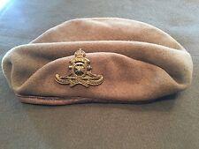 Korean War Canadian Dated 1951 Artillery Badge and Khaki Wool Beret !
