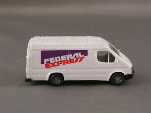 Praline - Federal Express - Ford Transit Delivery Van