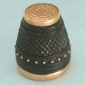 Antique Carved Thimble Set with 18 Kt Gold * Italian * Late 19th Century