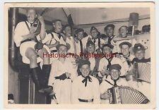 (F2895) Orig. Foto RAD, Arbeitsdienstlager, junge lustige Burschen, vor 1945