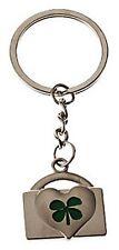 Porte clef TREFLE vert, forme cadenas, idéal pour faire un cadeau