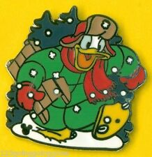 DONALD DUCK Holiday Snow Winter Holidays DLR Cast Lanyard Disney Pin 44563