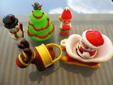 Weihnachtsszene Spielfiguren Rentier Kutsche Nikolaus Christbaum Schneemann Elf