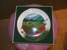 Royal Windsor Flowers of the South collector plate (Bee balm) 1 available