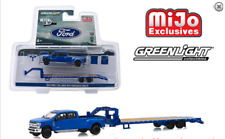 Greenlight Ford F-350 Dually with Gooseneck Trailer Hitch and Tow 51307 1/64