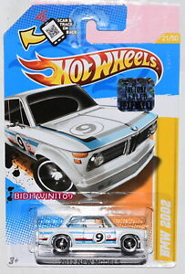 HOT WHEELS 2012 NEW MODELS BMW 2002 WHITE FACTORY SEALED W+