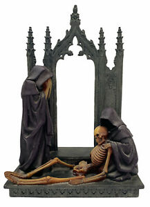 Alchemy Guild Gothic Sculpture Display Skeleton At The Gate 2004 Official