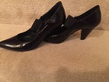 BARNEY'S NEW YORK CO-OP Mary Jane Black Leather Shoes Heels Sz 38.5