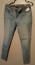 BRAND NEW...Womens Mossimo Mid-Rise Curvy Skinny Size  10R Jeans