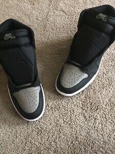 Nike Air Jordan 1 Retro High OG Shadow 2018 Size 10