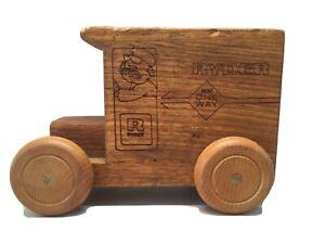 1980 Toystalgia Ryder Wooden Truck Bank