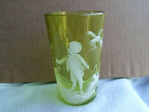 Lovely Mary Gregory Type Green Glass