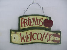 FRIENDS WELCOME WOODEN COUNTRY APPLES WALL SIGN PLAQUE
