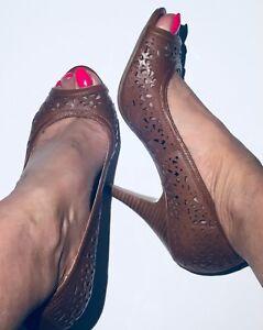 Dune Tan Leather Peeptoe Heel / Size 6 39 / New