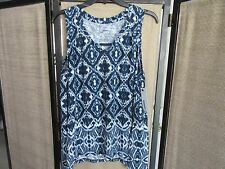 Size SMALL Navy Blue and White Sleeveless V-Neck Misses Sonoma Top