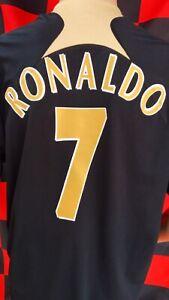 Manchester United (Cristiano Ronaldo) Official Nike Football Shirt (Adult Large)