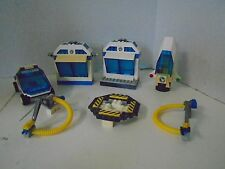 Lego Vintage Space Pieces Lot Small Shuttle Cart Launch Pad Rocket Ship
