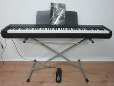 Yamaha P-80 Eletronic Piano / Keyboard / inkl. Ständer, Anleitung u. Fußpedal