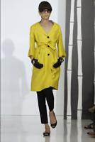 $2,350 NWT Gucci 2008 Resort Collection Runway Yellow Coat Jacket Size 44 (US 8)