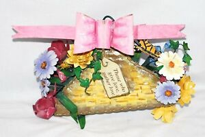 New Roman, Inc Flower Summer Greeting Wall Plaque Home Decor Love Bow