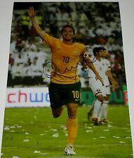Harry Kewell australia SOCCEROOS personalmente firmato Autograph 12x8 PHOTO