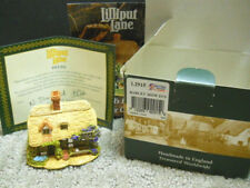 Lilliput Lane Barley Mow Inn The British Collection 2005 Nib & Deeds L2915