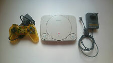 CONSOLA SONY PLAYSTATION,MANDO Y CARGADOR PS ONE  PSONE PS1 PSX.PAL BUEN ESTADO