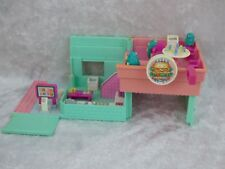 BlueBird 1994 POLLY POCKET DRIVE-IN BURGER RESTAURANT -INCOMPLET