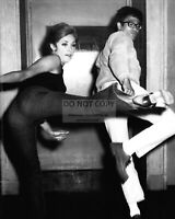 """SHARON TATE TRAINING w/ BRUCE LEE """"THE WRECKING CREW"""" ROLE - 8X10 PHOTO (BB-173)"""