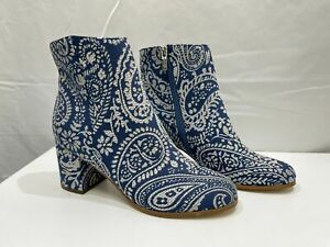 LIKE NEW Indigo rd. Blue & White Cloth Paisley Style Boot Ladies Size 8 RRP $69