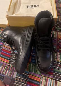 Fendi men sneakers 40
