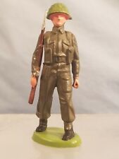 Vintage BRITAINS Plastic Army Man Figure made in HONG KONG: Rifleman Standing