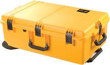 Pelican Storm Case iM2950 con schiuma