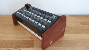 Korg SQ-1 Sequencer Holz Rack Holz Seitenteil Wooden Side Panel Stand Mahagoni