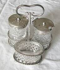 A U.K STERLING SILVER AND CUT GLASS CRUET BY SSW&H Ld -TOTAL WEIGHT 199 GRAMS(S)