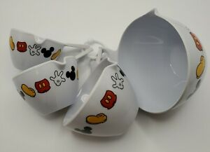 Disney Mickey Mouse Parts Set of 4 Plastic Kitchen Nesting Measuring Cups