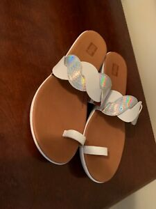 Fitflop  White & silver  Leather Toe Post  Sandal Womens Size US 8