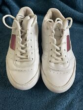White Cheerleader girls tennis shoe size 12 1/2