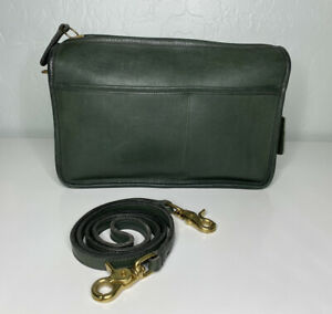 Vintage Coach Companion Bag Crossbody Purse Bottle Green Leather 9300