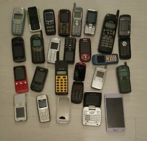 LOt ANCIENS TELEPHONES PORTABLE NOKIA PHILIPS SAMSUNG PANASONIC ERICSSON ALCATEL