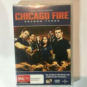 CHICAGO FIRE SEASON 3 - DVD 6 DISCS - R4 - VGC
